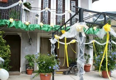 Decorazioni matrimonio scale migliore collezione - Addobbi floreali casa sposa ...