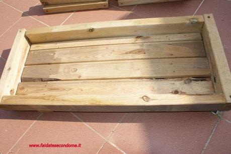 Come costruire una fioriera in legno paperblog for Costruire una cassapanca in legno
