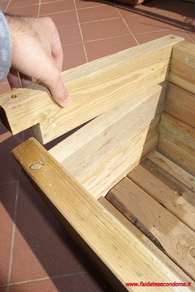 Come costruire una fioriera in legno paperblog - Costruire mobili in legno fai da te ...