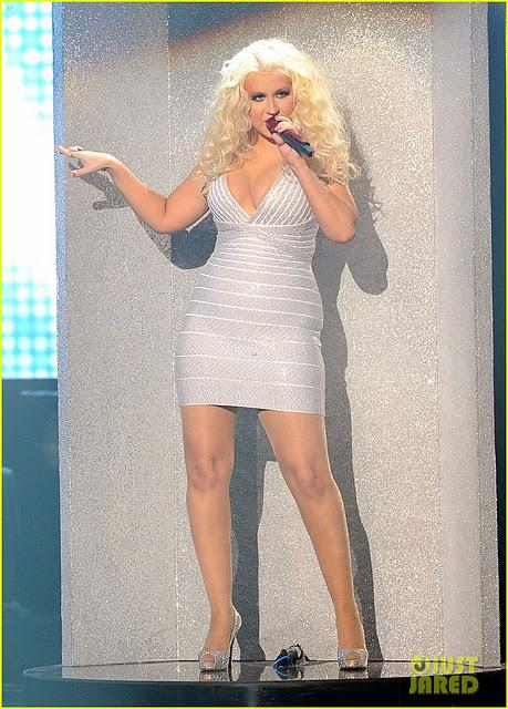 Star Style// Christina Aguilera out agli AMAs 2011