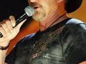 Trace Adkins secondo ACA. Battaglia Jerrod Niemann Chris Young