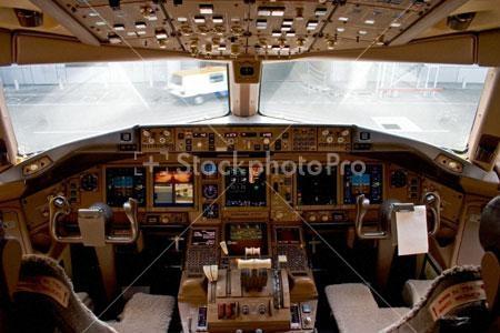 Da oggi 16 dicembre per volare su un boeing 777 della for Migliori planimetrie della cabina di log