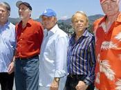 Tornano assieme Beach Boys originali (per gioia degli attempati fans)