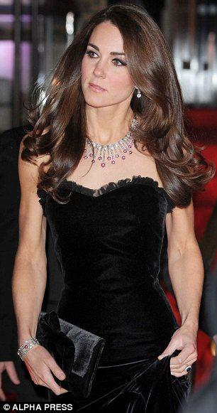 FASHION ICON | Kate Middleton sceglie ancora Alexander McQueen