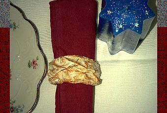 un rotolo di carta assorbente da cucina si trasforma nei portatovaglioli delle feste un progetto di add paperblog