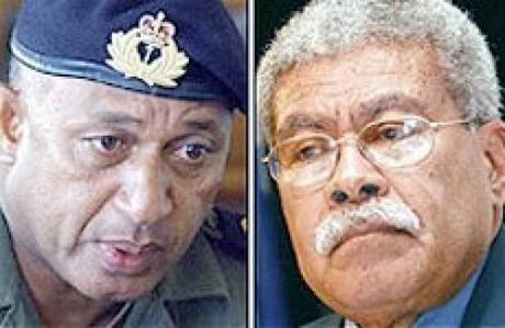 Frank Bainimarama e Qarase