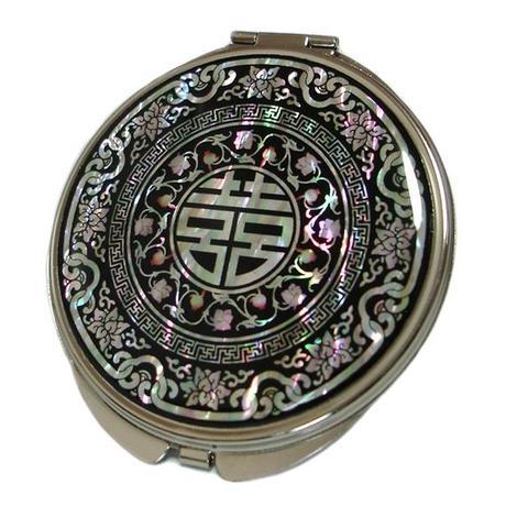Specchio da borsetta con intarsi in madreperla raffiguranti ideogrammi cinesi porta fortuna - Rompere uno specchio porta fortuna ...