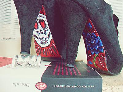 Custom skully shoes  ♥