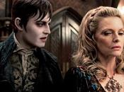 Johnny Depp Michelle Pfieffer nella nuova immagine Dark Shadows