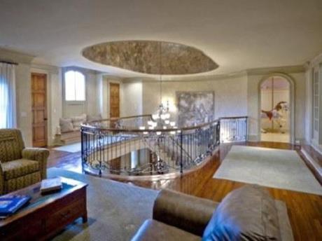 Case dei vip in vendita la villa hollivudiana di smoltz for Case vip interni
