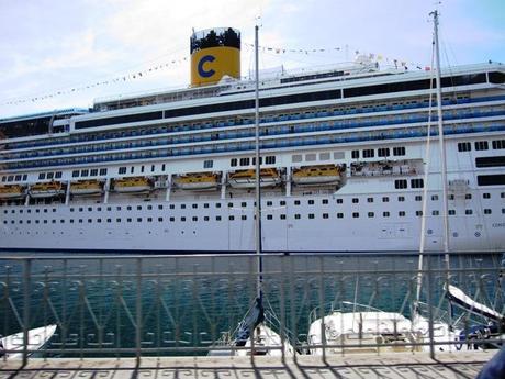 Vacanza sulla costa paperblog for Costa pacifica piano nave