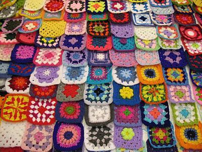 Crochet cuore e colore paperblog - Coperta uncinetto piastrelle ...
