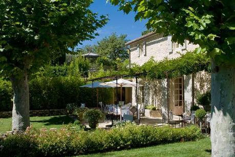 Una dimora di lusso in provenza paperblog - Immagini case belle esterno ...