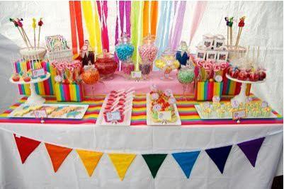 Festa di compleanno arcobaleno paperblog - Tavole apparecchiate per buffet ...