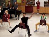 Glee prime immagini Ricky Martin, insegnante caliente...
