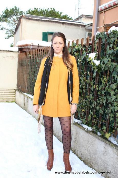 the latest edcaa ae095 Cappotto color senape & calze a pois, sulla neve! - Paperblog