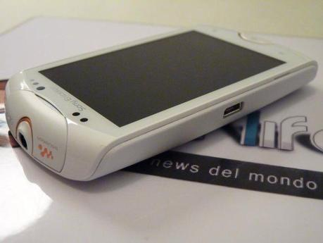 402189 350769651602701 120870567925945 1426466 136621833 n Scheda Tecnica Sony Ericsson Xperia Live With Walkman