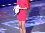 Alessia Marcuzzi rosa shocking Stefanel GF12