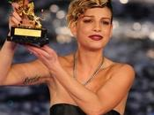 Emma Marrone vince Festival Sanremo podio rosa