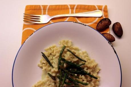 Mafalde corte alla crema di asparagi paperblog - Bagna cauda vegana ...