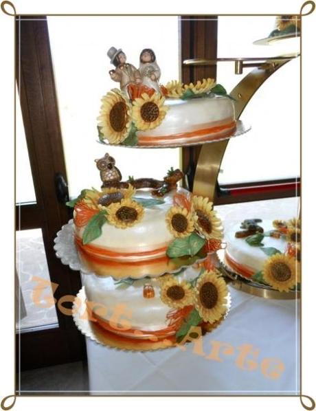 Torta Matrimonio Girasoli : Torta nozze girasoli e raffia con animali thun paper