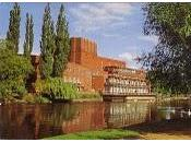 "Riapre ""royal shakespeare theatre"""