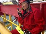 Xena, principessa guerriera della popolare serie occupa insieme agli attivisti Greenpeace nave trivellazione petrolifera Nuova Zelanda