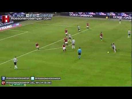 0 Andrea Pirlo: La Gomitata a Van Bommel | Milan Juve | Video