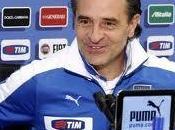 Calcio, Nazionale: Prandelli, pensato 3-5-2?