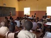 """Benin insegnanti scioperano Governo risponde """"picche"""""""