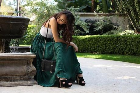 Rome and Long skirt
