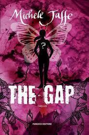 The Gap di Michele Jaffe: nel cespuglio di rose si nasconde un nido di vipere