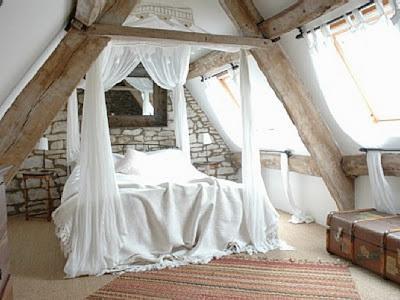 Il letto a baldacchino paperblog - Letto a baldacchino ...
