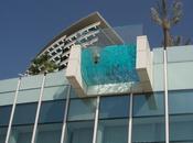 pensiero architettonico: piscina terrazza strapiombo l'International Hotel City Dubai