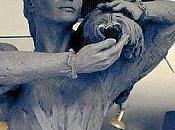 Carla Bruni statua della discordia
