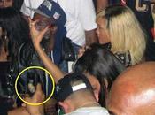 Rihanna party selvaggio foto pestaggio