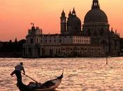 Venezia, bella, inclina sprofonda