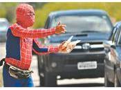 Creatività pizzico follia l'uomo ragno Jenipabu