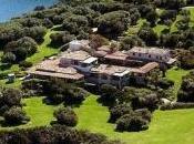 Berlusconi lavori senza autorizzazioni nella villa Sardegna