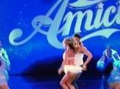 Amici, 'grandi' gioco, Belen debutta come ballerina
