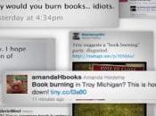 """""""Bruciamo libri!"""" salvare biblioteca"""